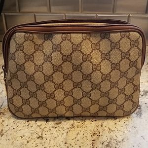 Vintage Gucci clutch/makeup bag